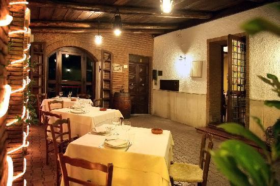 Ristorante tavernetta marinella in avellino con cucina for Case stupende