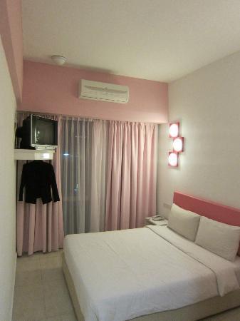 Hotel YY38: Pink room 5th floor