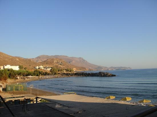 Mavros Molos Beach: kissamos port