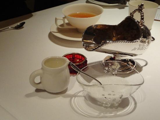 Fujiya 1935: Tea