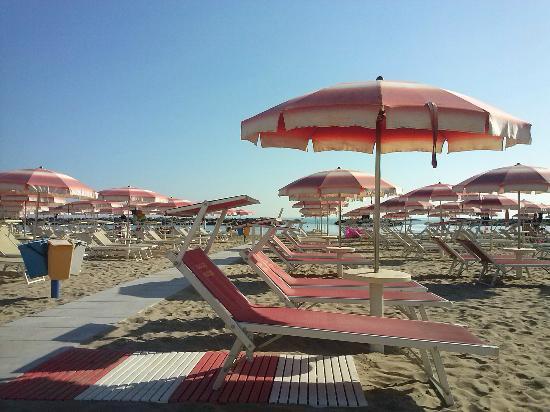 DaSamo Hotel: Spiaggia