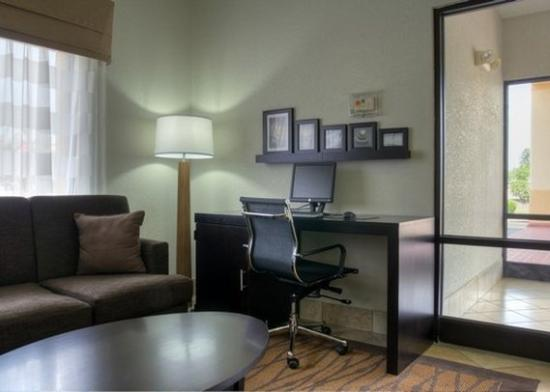 Sleep Inn Concord: NCBusiness Center