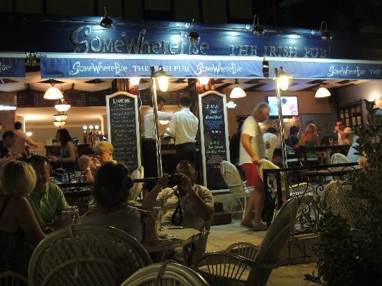 Palmin Sunset Plaza: ladies beach best resturant in town