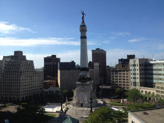 Sheraton Indianapolis City Centre Hotel: The view from our room!