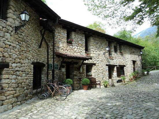 La Tahona de Besnes: hotel