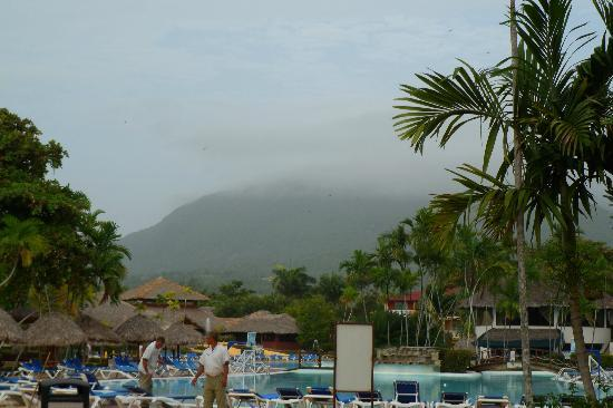 Be Live Collection Marien: Amazing mountain seen from resort