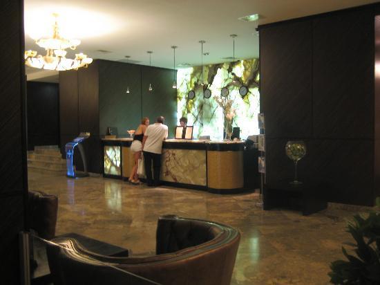 Khreschatyk Hotel: Lobby