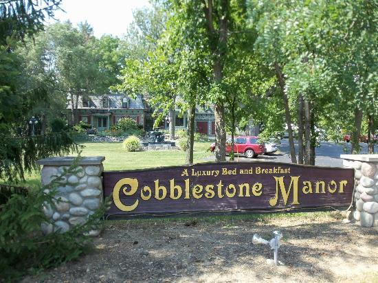 Cobblestone Manor Luxury Historic Inn