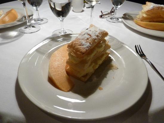 Boutique Hotel Hippocampus: Krempita dessert
