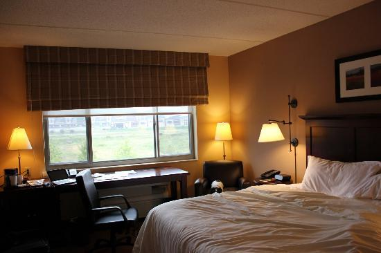 Sheraton St. Paul Woodbury Hotel: Third floor room