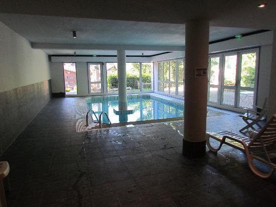 Hotel Alpen Roc: La piscine
