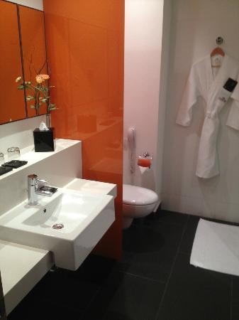 Crowne Plaza Tel Aviv City Center: Bathroom