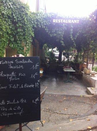 Le Cercle Restaurant - Brasserie
