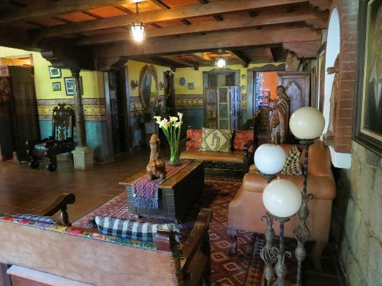 Hotel Atitlan: Recepción