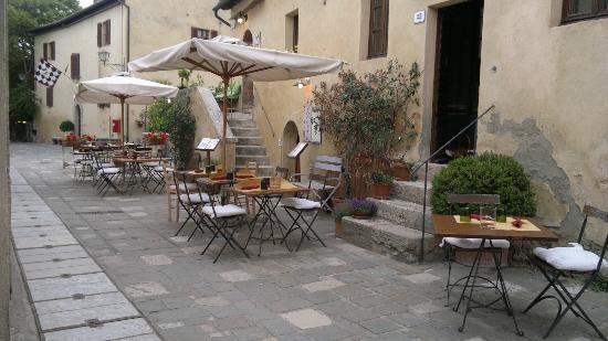 Il loggiato bagno vignoni restaurant reviews phone number photos tripadvisor - Il loggiato bagno vignoni ...