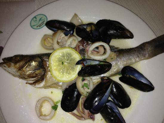 Pellegrino Palace Hotel: pesce