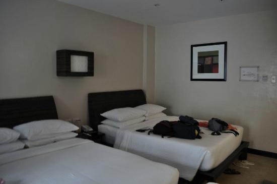 Two Seasons Boracay Resort: Junior suite pool access