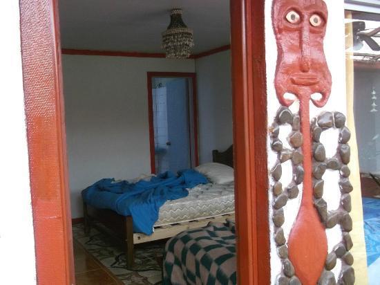 Residencial Tekena Inn: pieza básica sin ninguna comodidad