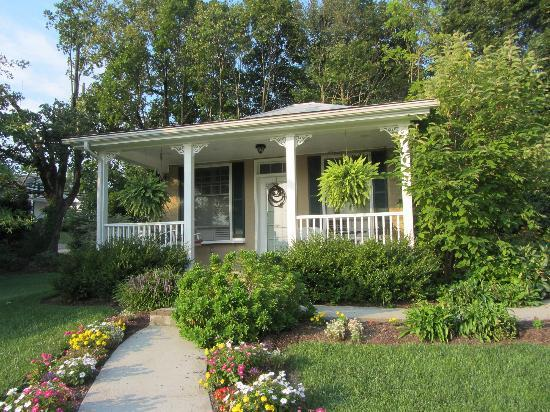 Trinkle Mansion Bed & Breakfast: Cottage