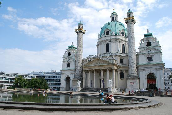 Michaelerplatz vienna austria picture of historic for Tripadvisor vienna