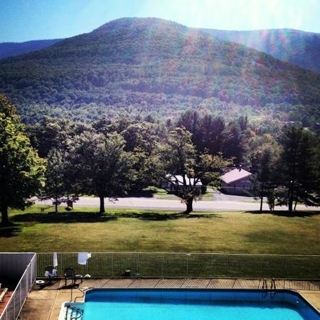 Scribner's Catskills Lodge: Monday August 27th 2012 view from room 7 balcony