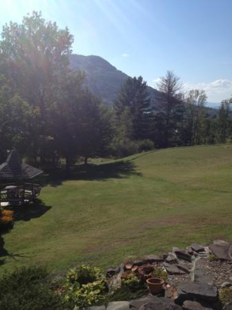 Scribner's Catskills Lodge: Monday August 27th 2012 view of hunter mountain