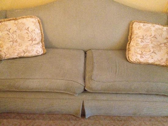 โรงแรมเวเนเชียน รีสอร์ท คาสิโน: The couch in my $260/night room at the Venetian.