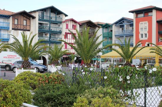 "Plage d'Hendaye : Colourful buildings typical of the ""pays Basque"""