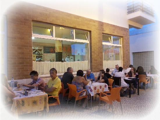 Cabanas Brasserie : Outside dining