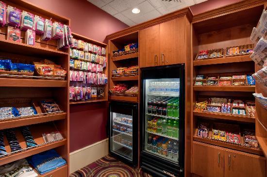 Hilton Madison Monona Terrace: Gift Shop