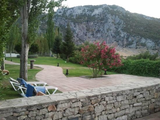 Hotel Fuerte Grazalema: giardini fronte camere