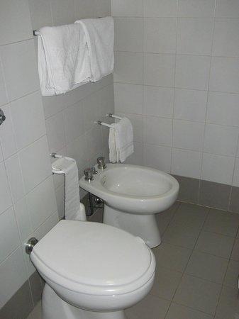 Hotel Casa Santa Rosa: Batthroom