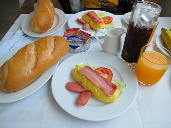 Saigon Mini Hotel 5: Nice breakfast