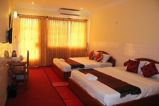 Golden River Palace Guesthouse: Superior Deluxe Twin