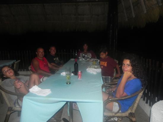 Casa Ixchel: a cena con amici