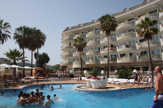 Hotel Mercury: vista dalla piscina