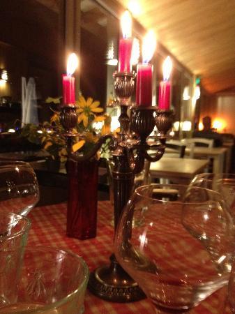 Le Saut de la Truite : Diner aux chandelles