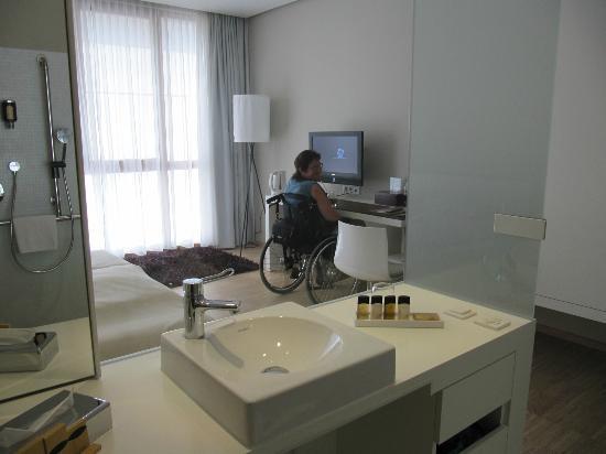 grossz gige und exquisite zimmergestaltung bild von. Black Bedroom Furniture Sets. Home Design Ideas