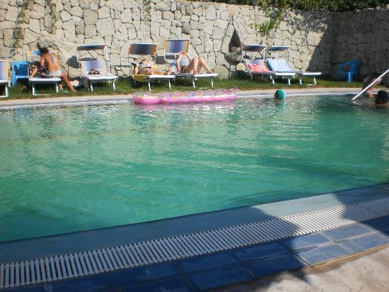 Hotel Villa Cimmentorosso: PISCINA HOTEL