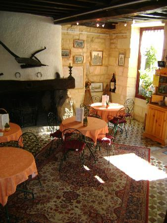 3) Café de pays de l'hostellerie de Saint Front