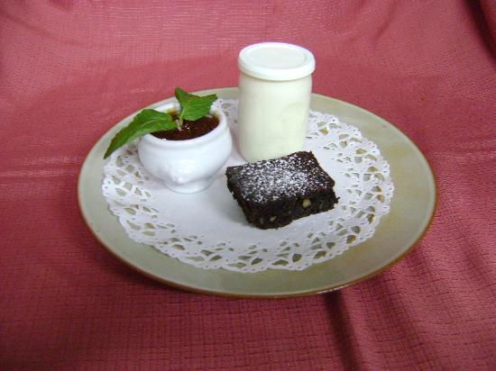 15) Assiette de l'hostellerie de Saint Front