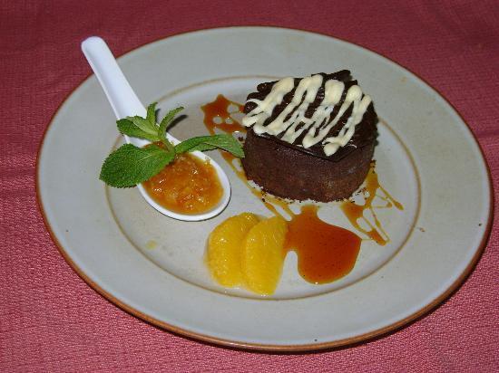 14) Assiette de l'hostellerie de Saint Front