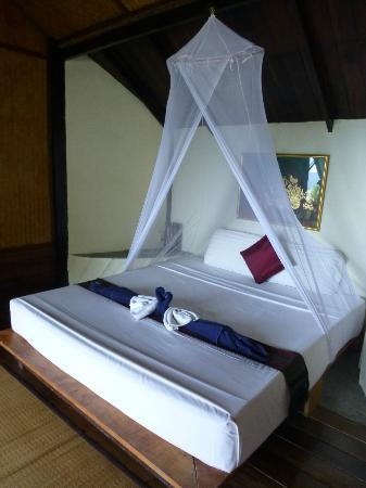 Blue Heaven Resort: Cama correcta.