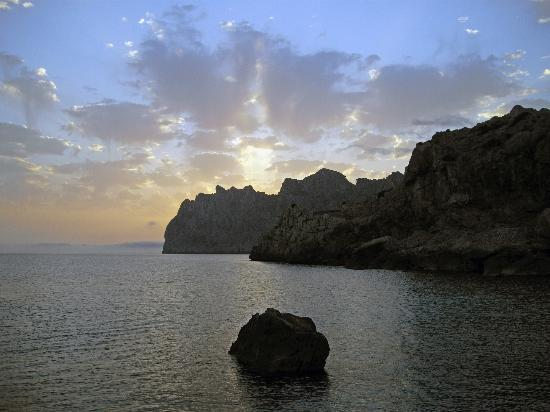 Don Pedro : Sunrises and Sunsets can be spectacular from the Hotel balcony