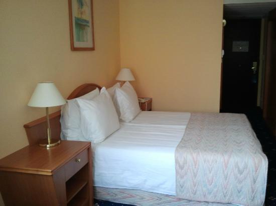 Radisson Blu Beke Hotel, Budapest: Bed