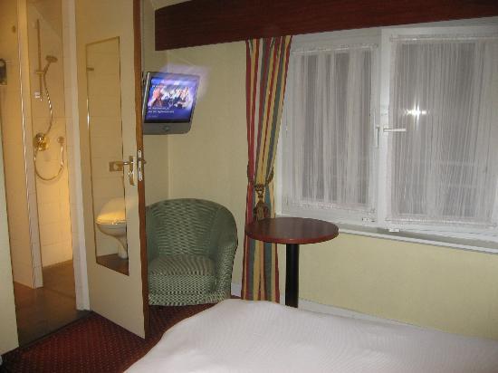 Hotel Amsterdam - De Roode Leeuw: room
