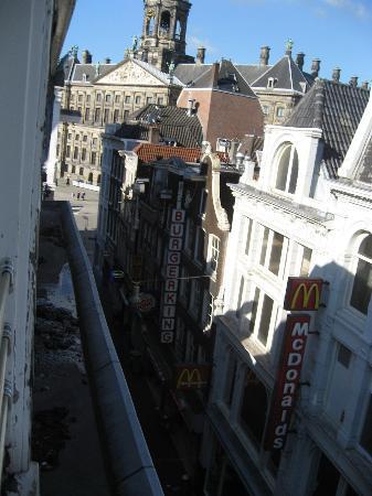 Hotel Amsterdam - De Roode Leeuw: view