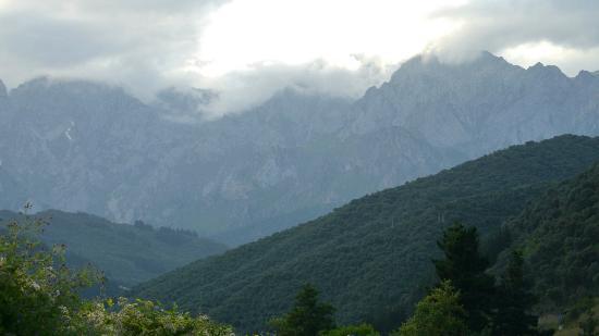Fuente de Somave. Picos de Europa: Picos de Europa