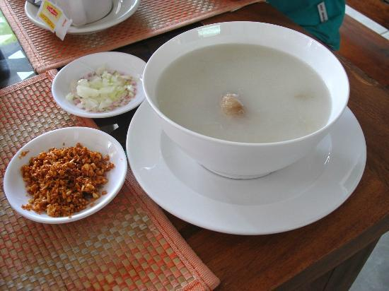 Angelyn's Dive Resort: Arroz Con Caldo for the breakfast, by request only.