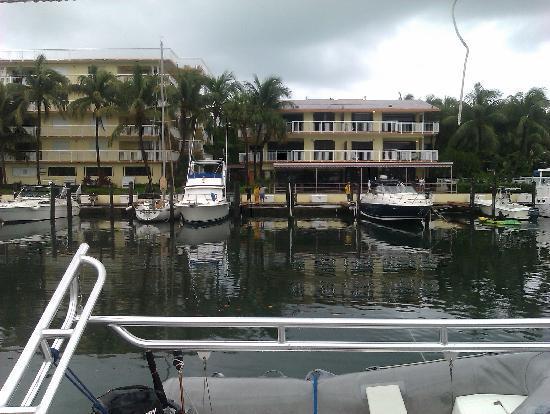 Marina Del Mar Resort And Marina: Looking out my back door At Marina Del Mar! Just beautiful! Love the Dockmaster Candi, she's awe